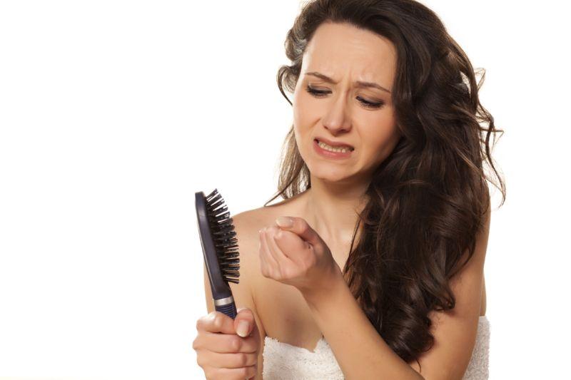 Что делать если волосы очень сильно выпадают ломаются секутся
