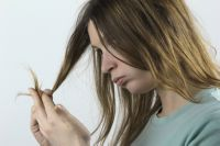 ломкие волосы лечение