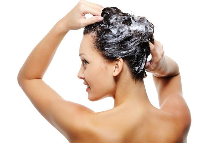 Рецепты масок для волос на основе витамина Е