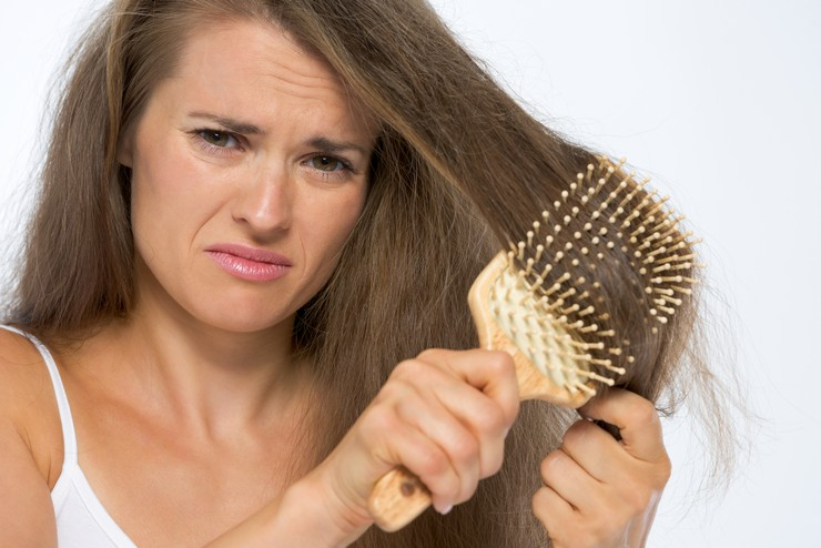 Выпадение волос при жирной коже головы и себорее. Методы борьбы