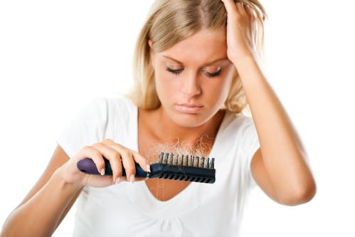Причины выпадения волос у женщин в разные периоды жизни