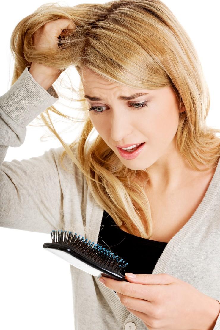 Равномерное выпадение волос или диффузная алопеция. Как победить врага?