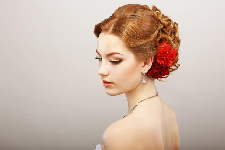 Техника брондирования на рыжих волосах
