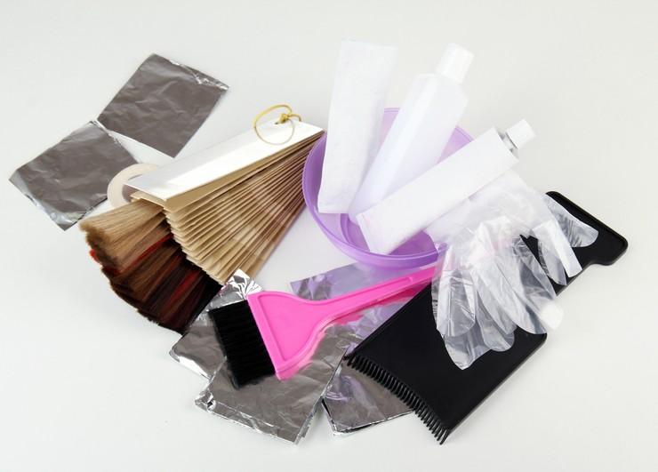 Окрашивание волос в домашних условиях: пошаговая инструкция