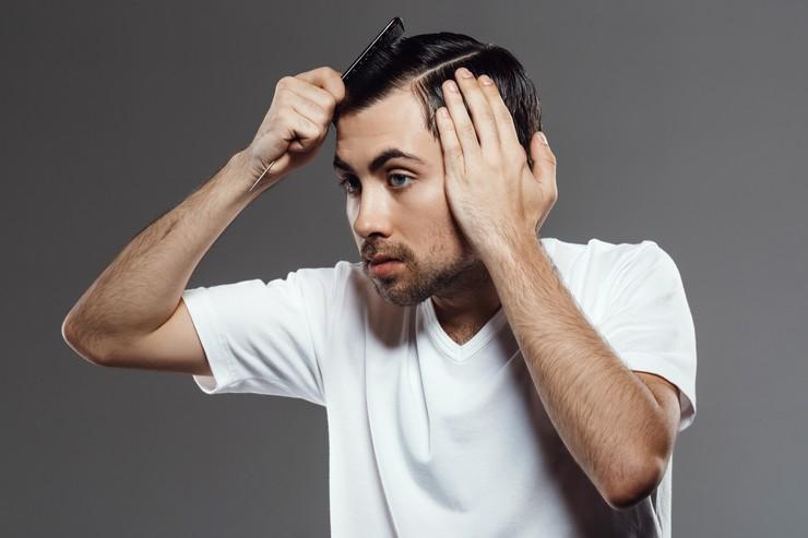 От чего перхоть на голове у мужчин — Волосы