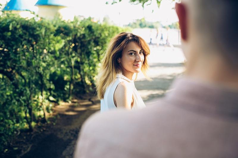 Как вернуть любимого человека после расставания? Стоит ли это делать, если он с другой?