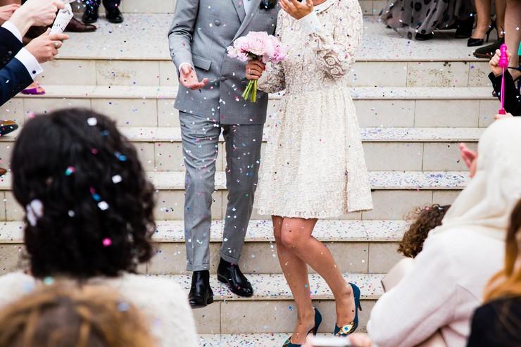 Свадебное платье короткое и миди