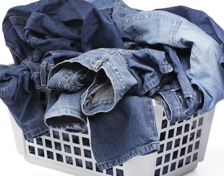 Что делать, если на ваших джинсах оказалось жирное пятно?