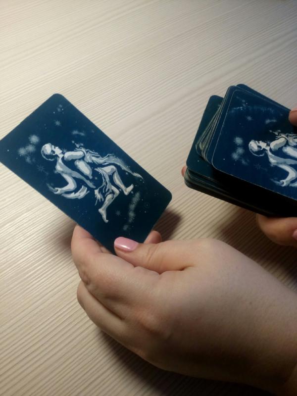 Тайна взаимодействия с картами Таро: почему в раскладе выпадают именно эти символы?